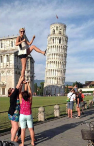 Leaning Tower of Pisa Forced Perspective (Go Big!) (funnyneel.com) 2