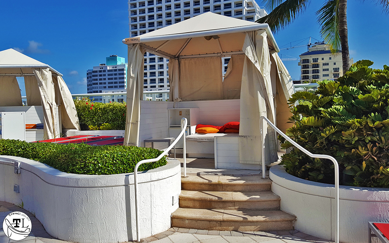 Poolside cabanas (rented by the day) are a convenient touch of luxury.